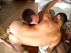 Horny Twinks 3-Way